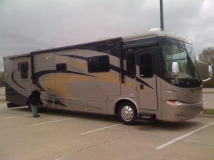 LinkWorth Tour Bus